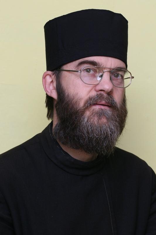 orosz_atanaz_puspok