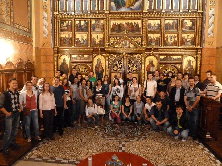 Iz čega pratiti svetu Liturgiju