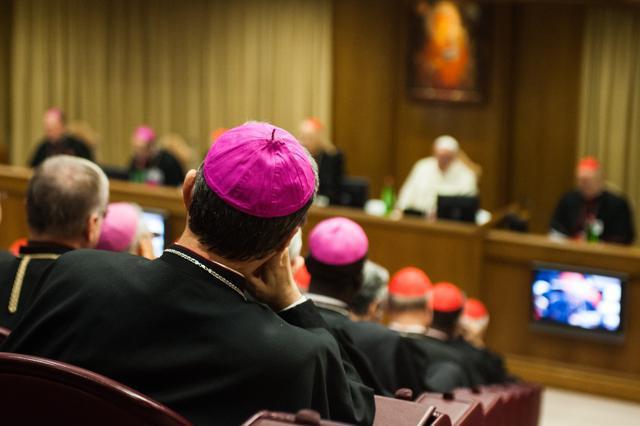 Izvješće o radu Sinode izazvalo žestoke reakcije, pojedini biskupi ga smatraju 'neprihvatljivim'