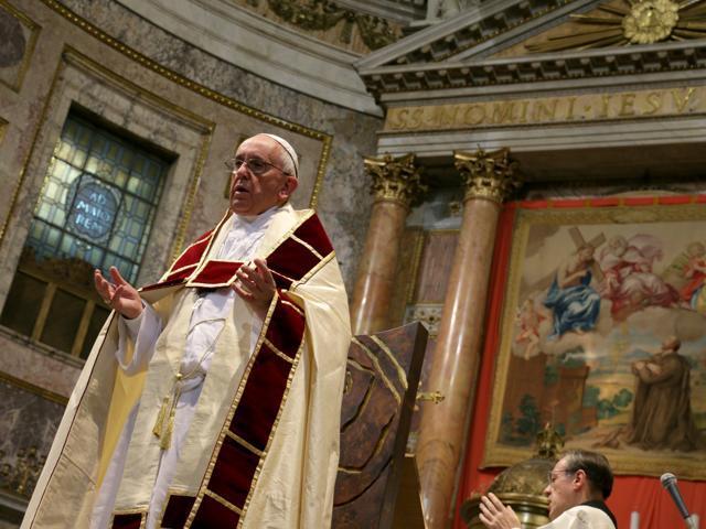 I danas ima poganskih kršćana koju idu nedjeljom u crkvu, ali su neprijatelji križa Kristova