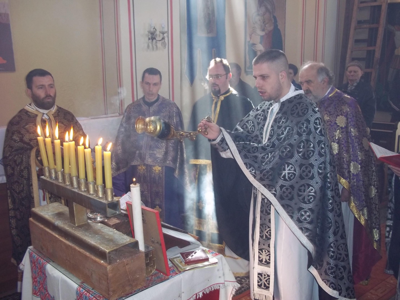 Svećenici vikarijata u Stojdragi obilježili Zadušnu subotu