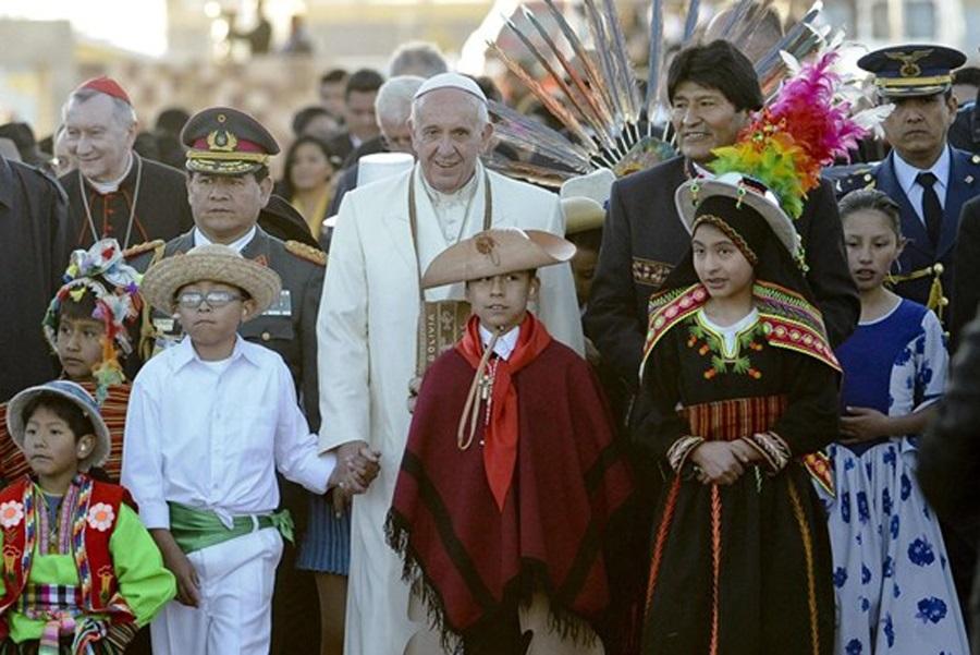 Papa u Boliviji: 'Svijet je radosno otajstvo koje razmatramo u hvali'
