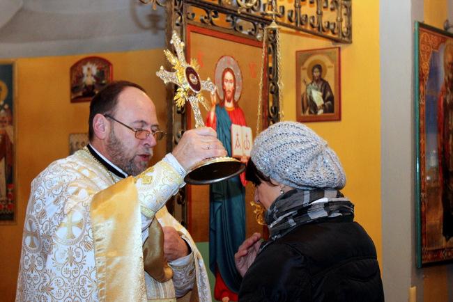 Moći blaženog Alojzija Stepinca među hrvatskim grkokatolicima