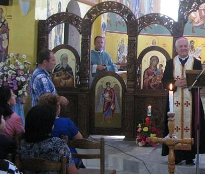 Hrvati grkokatolici uz biskupa Komaricu