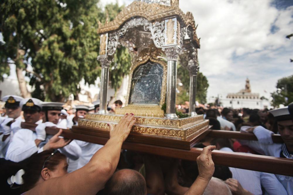 Kilometrima na koljenima u čast Presvete Bogorodice