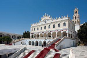 Velicanstvena crkva Presvete Bogorodice na otoku Tintosu