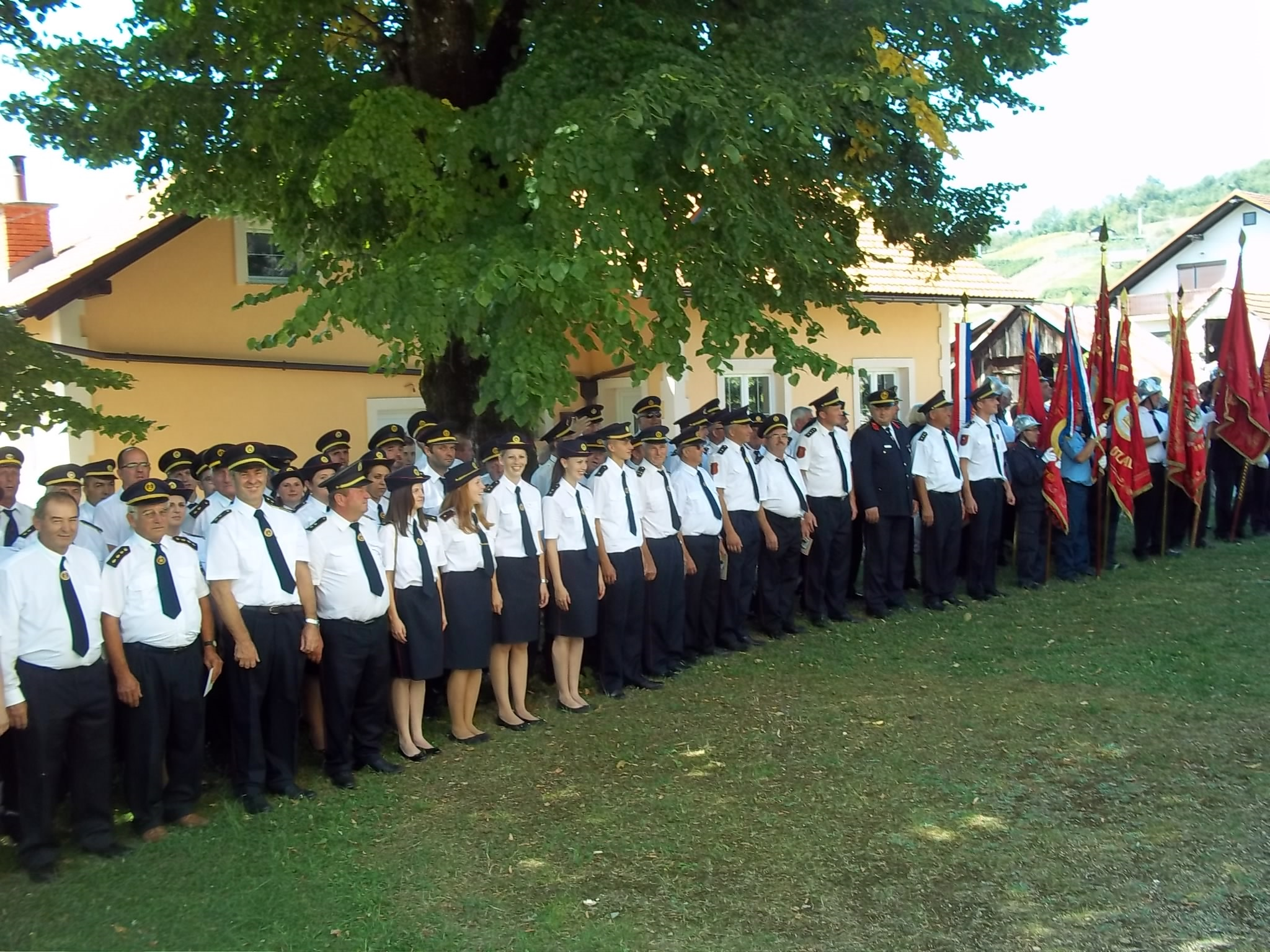 Vatrogasna svečanost u Kaštu i spomen na zaslužnog župnika Danu Heraka