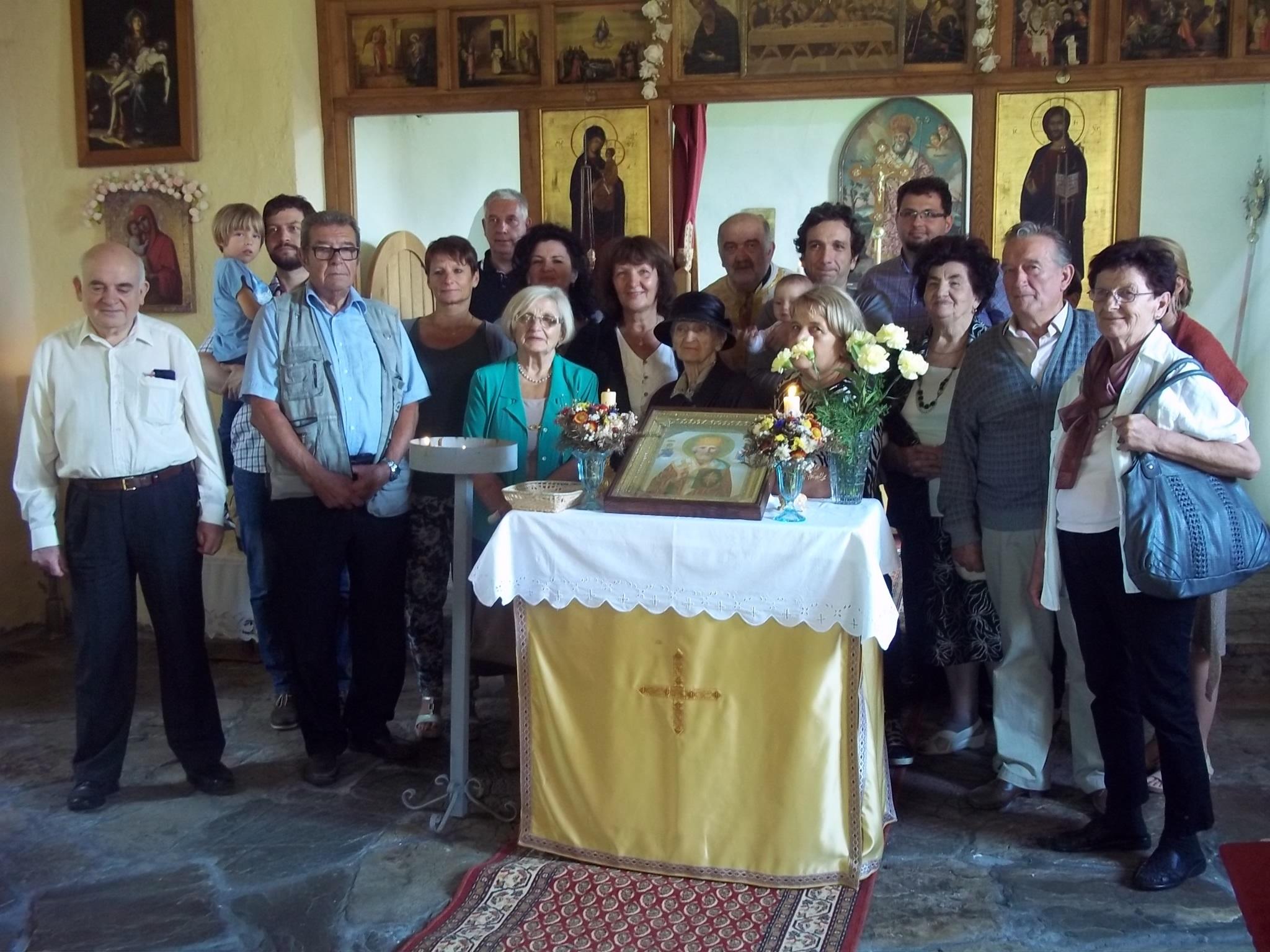 Žumberčani iz Slovenije na liturgiji kod sv. Nikole u Badovincima