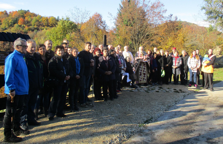 Blagoslovljen novi križ na Kravljaku kod Stojdrage