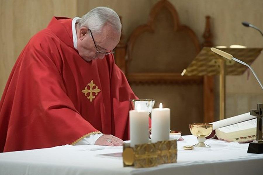 Papa: Dobar pastir slijedi Isusa i nikad nije ogorčen