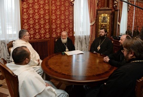 Čuvari svetišta sv. Nikole iz Barija kod patrijarha Kirila u Moskvi