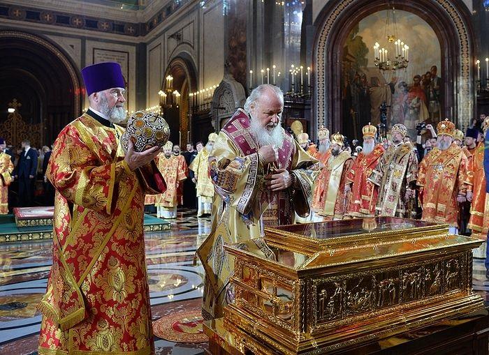 Moći sv. Nikole dopremljene u Moskvu