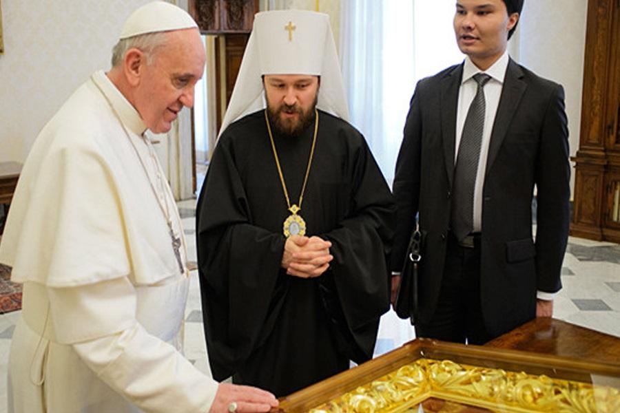 Papa Franjo susreo se s ruskim metropolitom Hilarionom