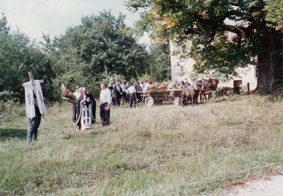 Veliko poštovanje vjernika u Žumberku prema svojim pokojnicima