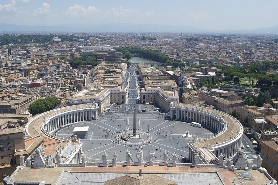 Papa: Sinoda kao djelotvorno ostvarivanje brige biskupa za sve Crkve