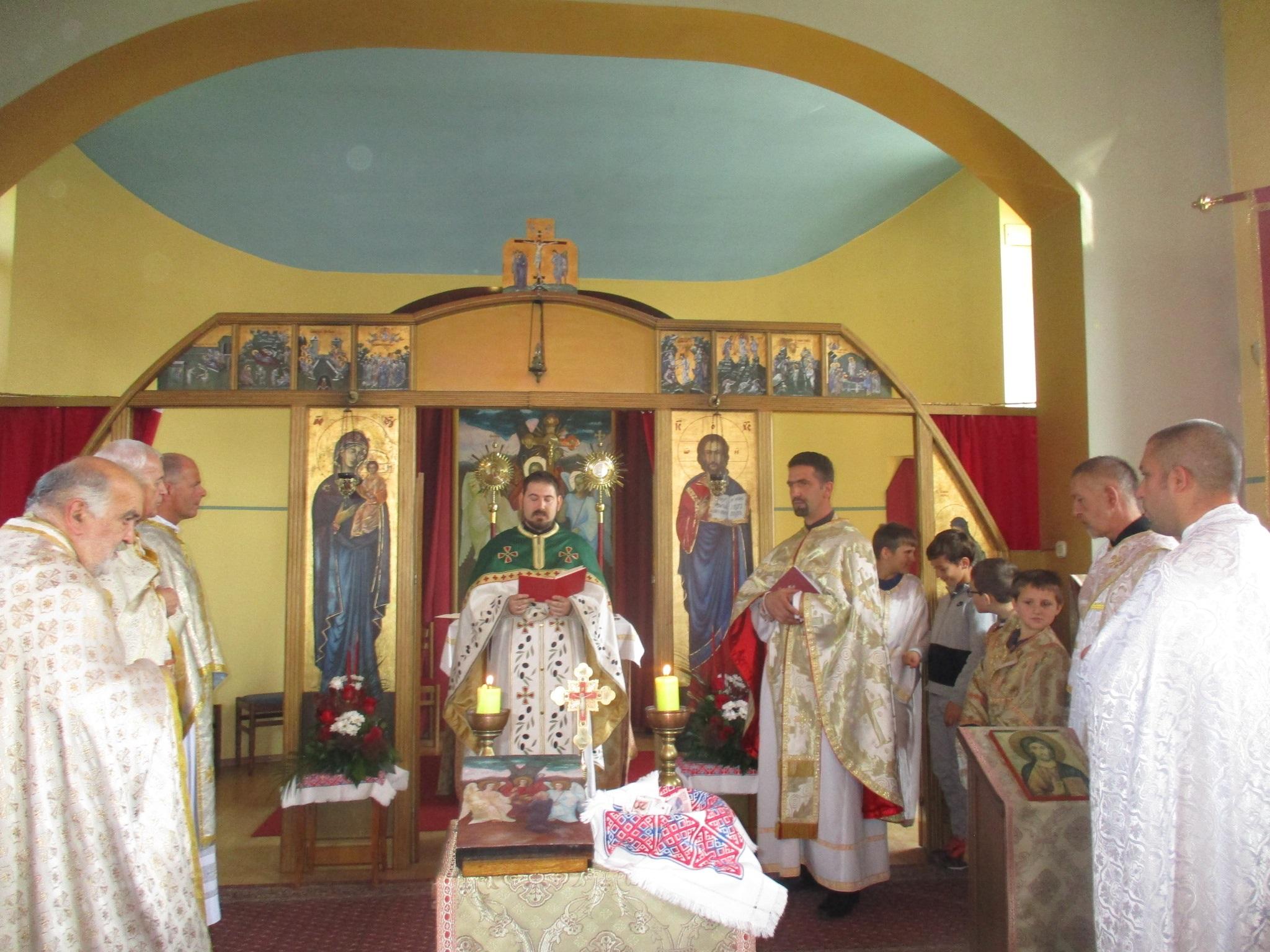 Neojerejskom liturgijom o. Zorana Vladušića u Samoboru proslavljeno Abrahamovo