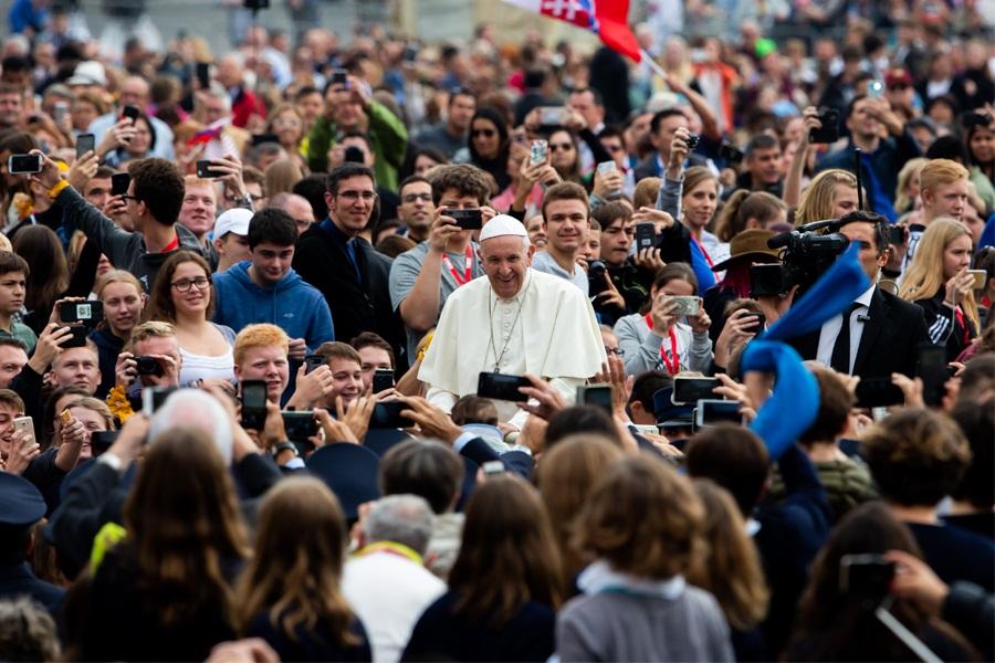 Papa: Vrijeđanje je ubijanje