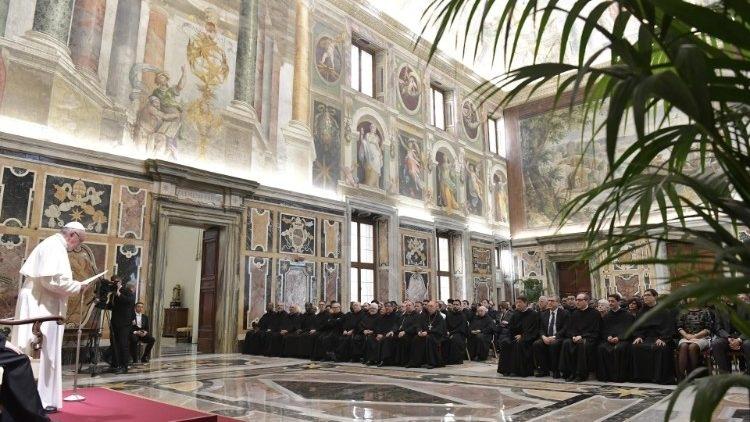 "Papa primio u audijenciju profesore i studente Patrističkog instituta ""Augustinianum"""