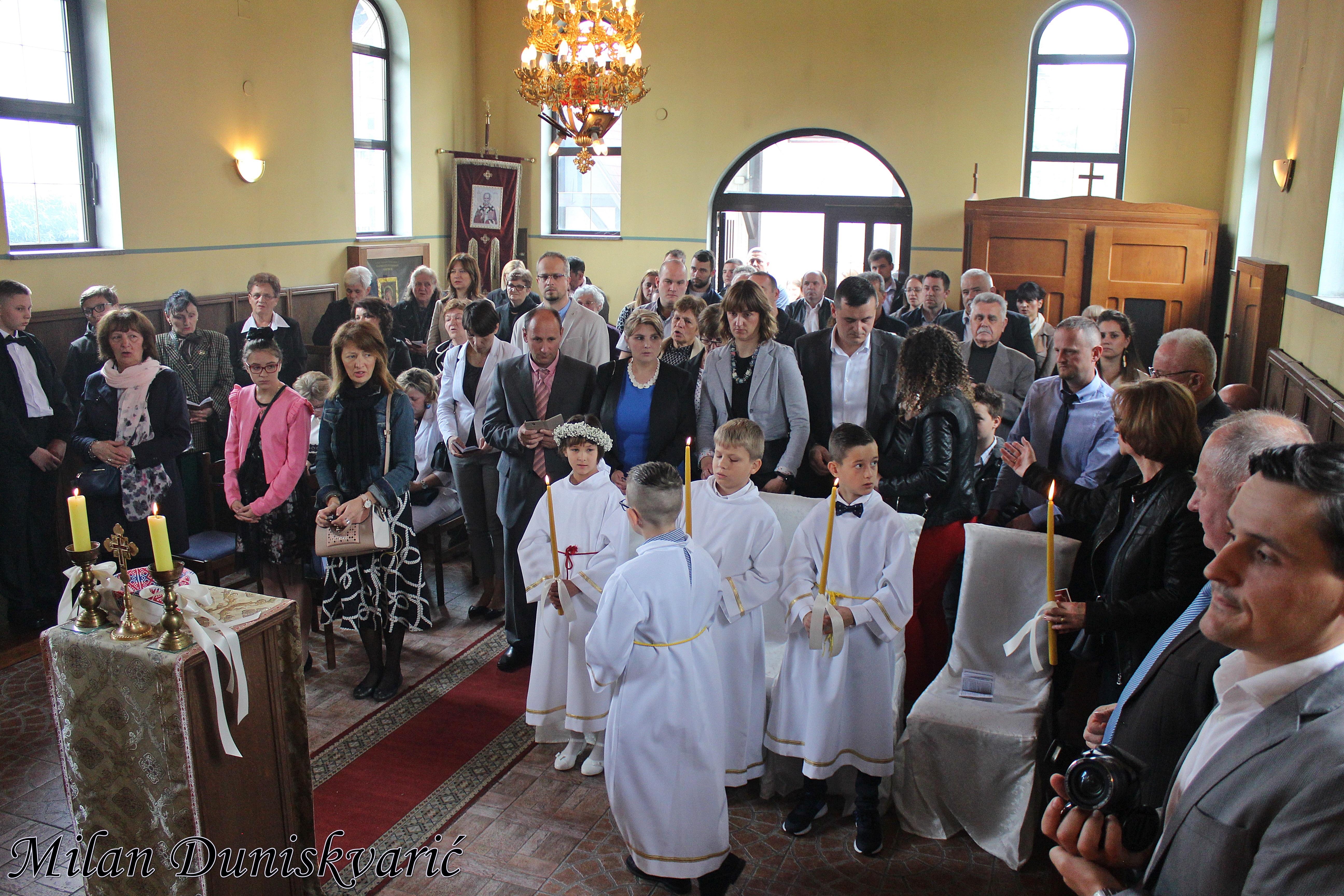U Samoboru održana Prva pričest za grkokatoličke vjeroučenike