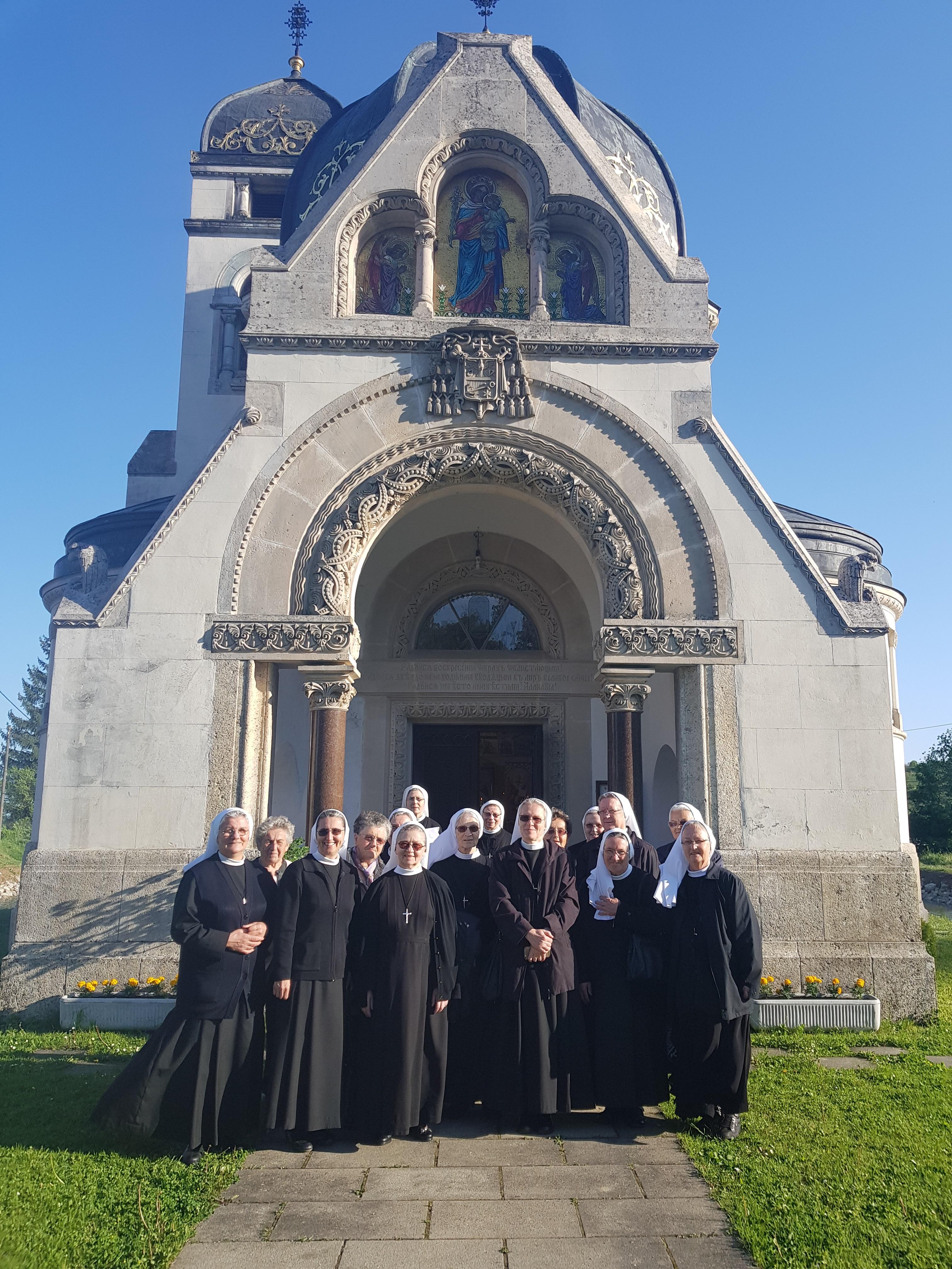 Sestre Milosrdnice svetom liturgijom u Pribiću proslavile 50. godišnjicu redovničkih zavjeta