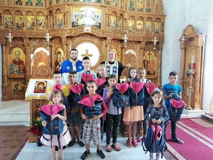 Crkva u Rumunjskoj daje primjer kako se treba odnositi prema školarcima