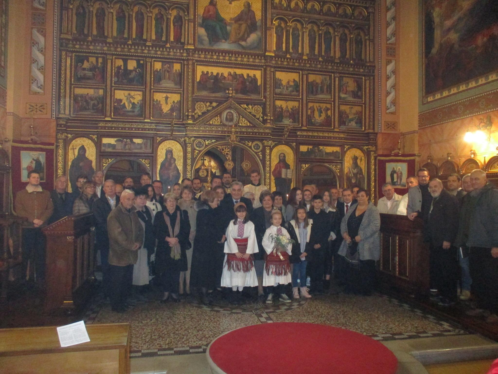 Svečanom liturgijom supružnici Hrnjak obilježili 50-tu godišnjicu skladnog braka