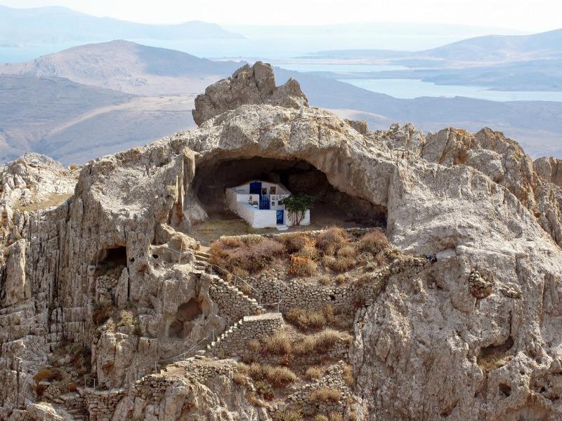 Jedina crkva u svijetu koja je planski građena bez krova
