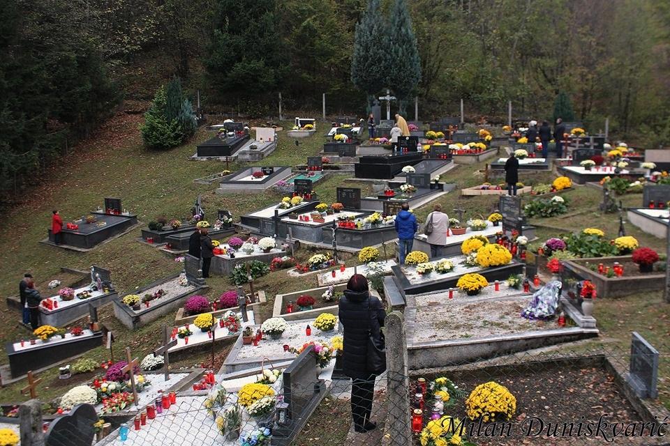 U povodu Svih Svetih blagoslovljeni grobovi u žumberačkim župama