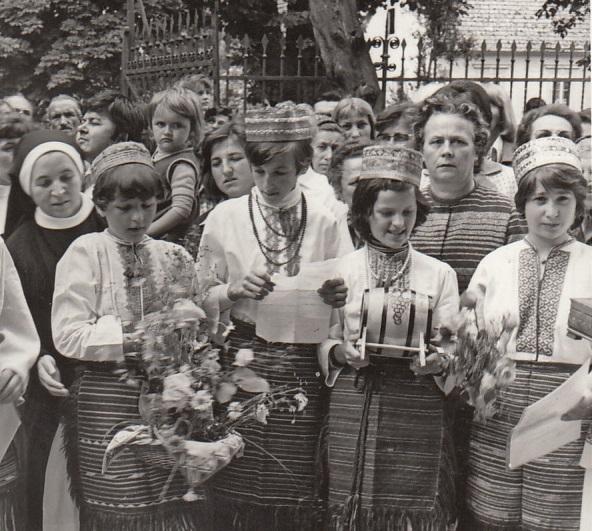 Obredno zajedništvo u Zagrebačkoj metropoliji 70-ih i 80-ih godina prošlog stoljeća