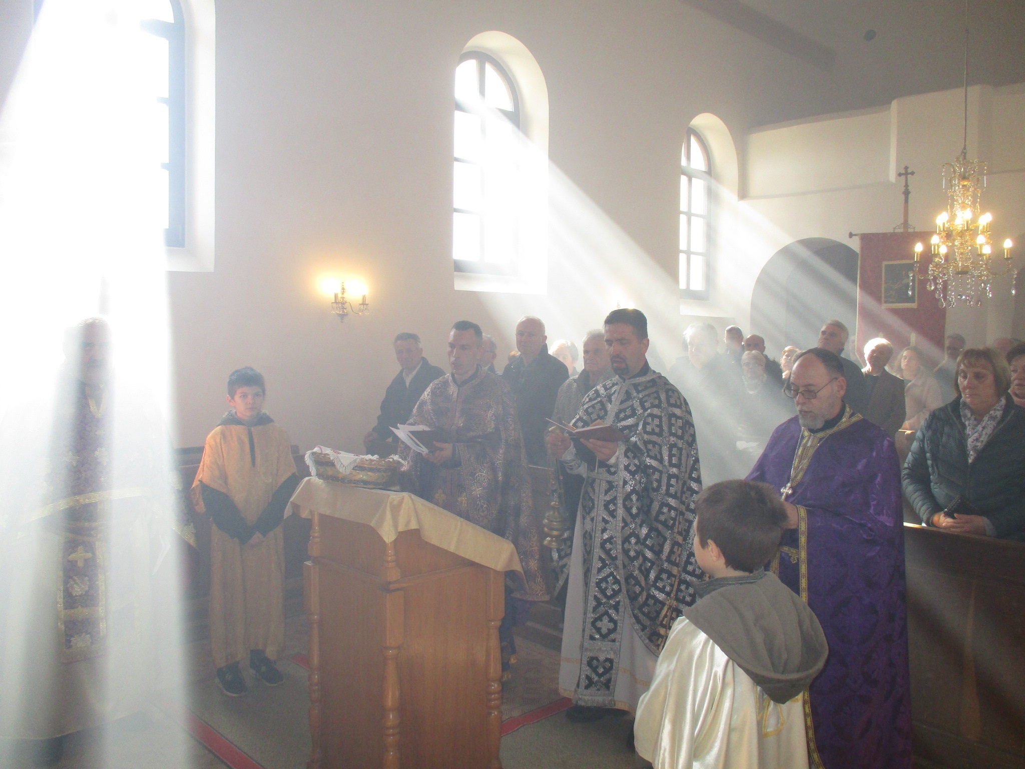 U Mrzlom Polju molitveno obilježena Prva zadušna subota
