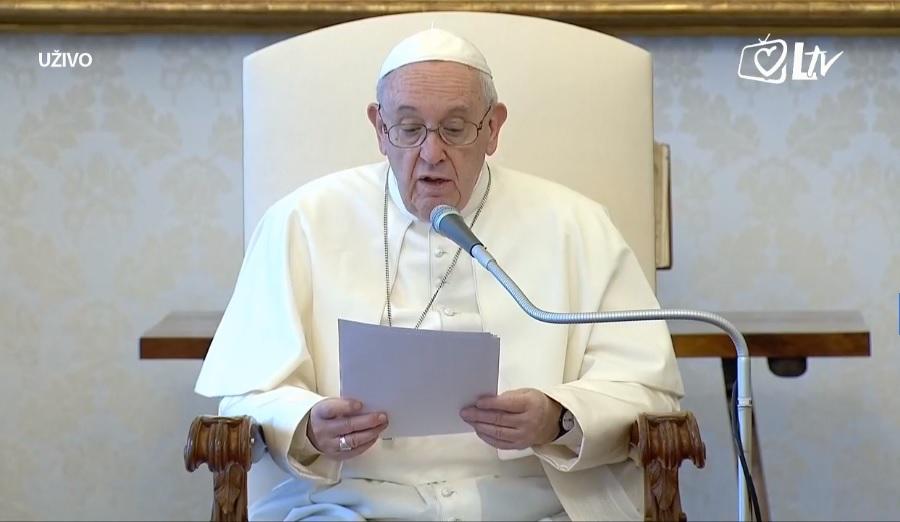 Papa: Oni koji mole nose odraze koji odsijevaju svjelošću