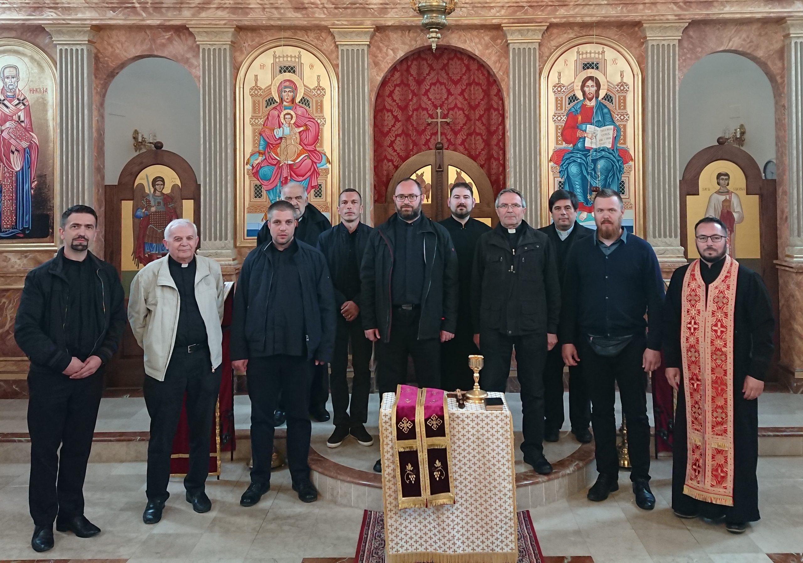 U Jastrebarskom održan sastanak svećenika Žumberačkog vikarijata s ordinarijem