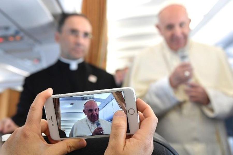 Papa Franjo katoličkim medijima: Budite znak jedinstva usred različitosti