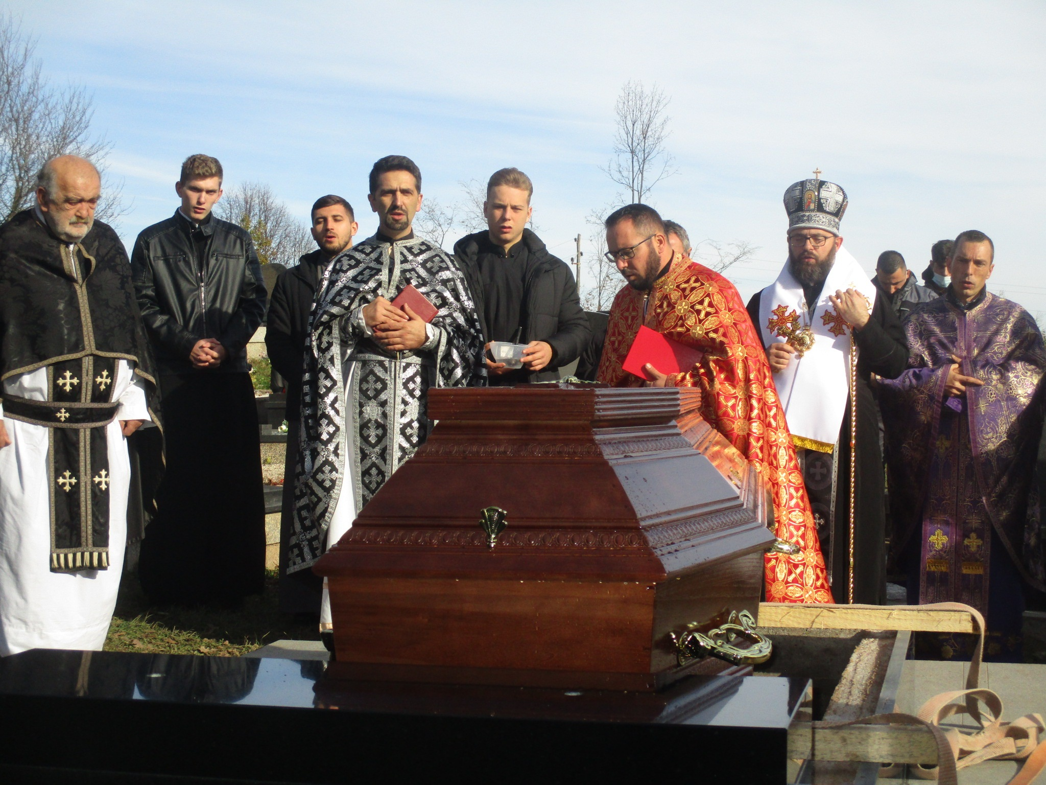 U Grabru u svećeničku grobnicu sahranjen vikar i rektor mons. Ivan Pavković