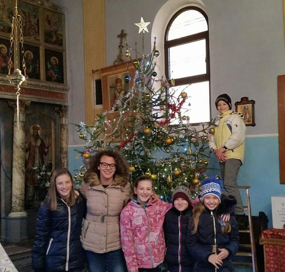Draga braćo i sestre, djeci u Žumberačkom vikarijatu ovoga Božića posvetimo posebnu pažnju