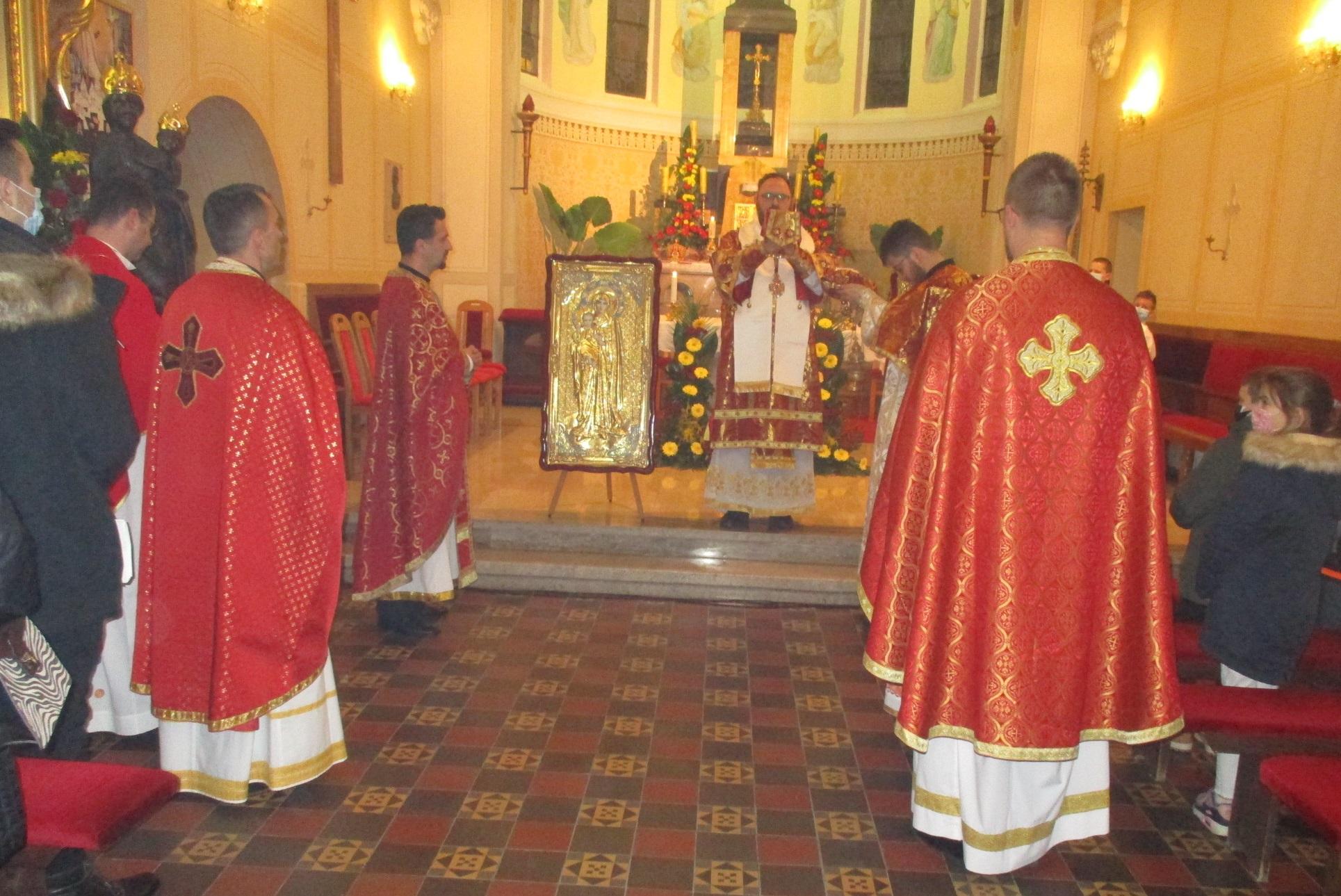 Uoči Stepinčeva u Krašiću služena arhijerejska liturgija
