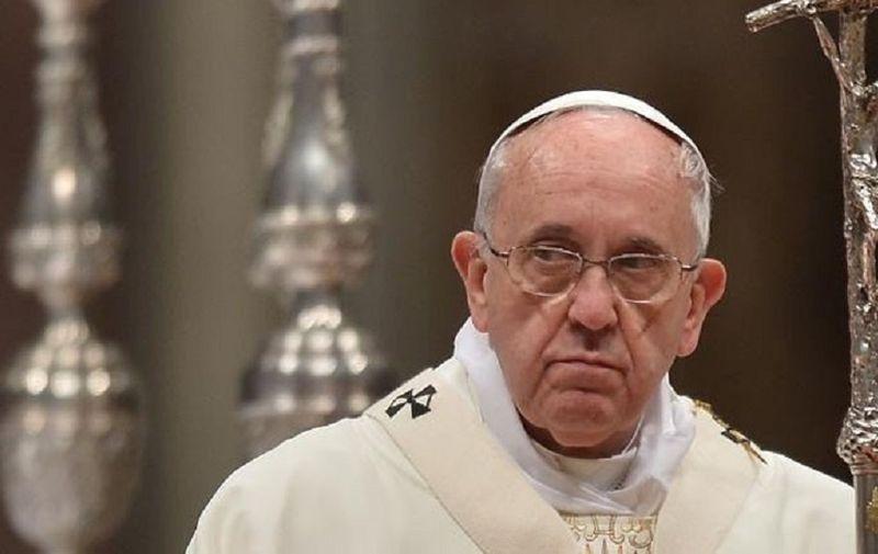 Papa Franjo: Sve se u Crkvi rađa i raste zahvaljujući molitvi