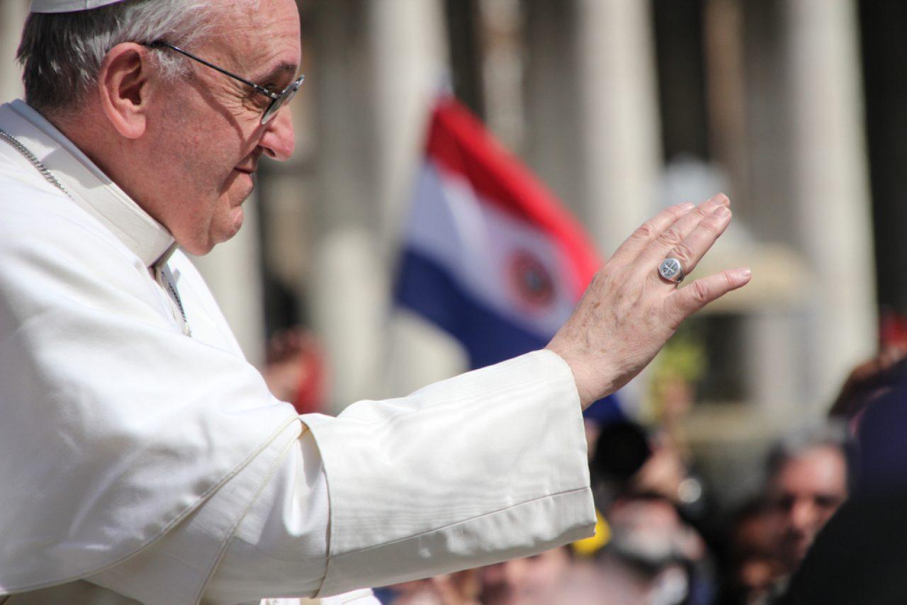 Papa: Iz kriza izlazimo ili bolji ili gori, nikada jednaki