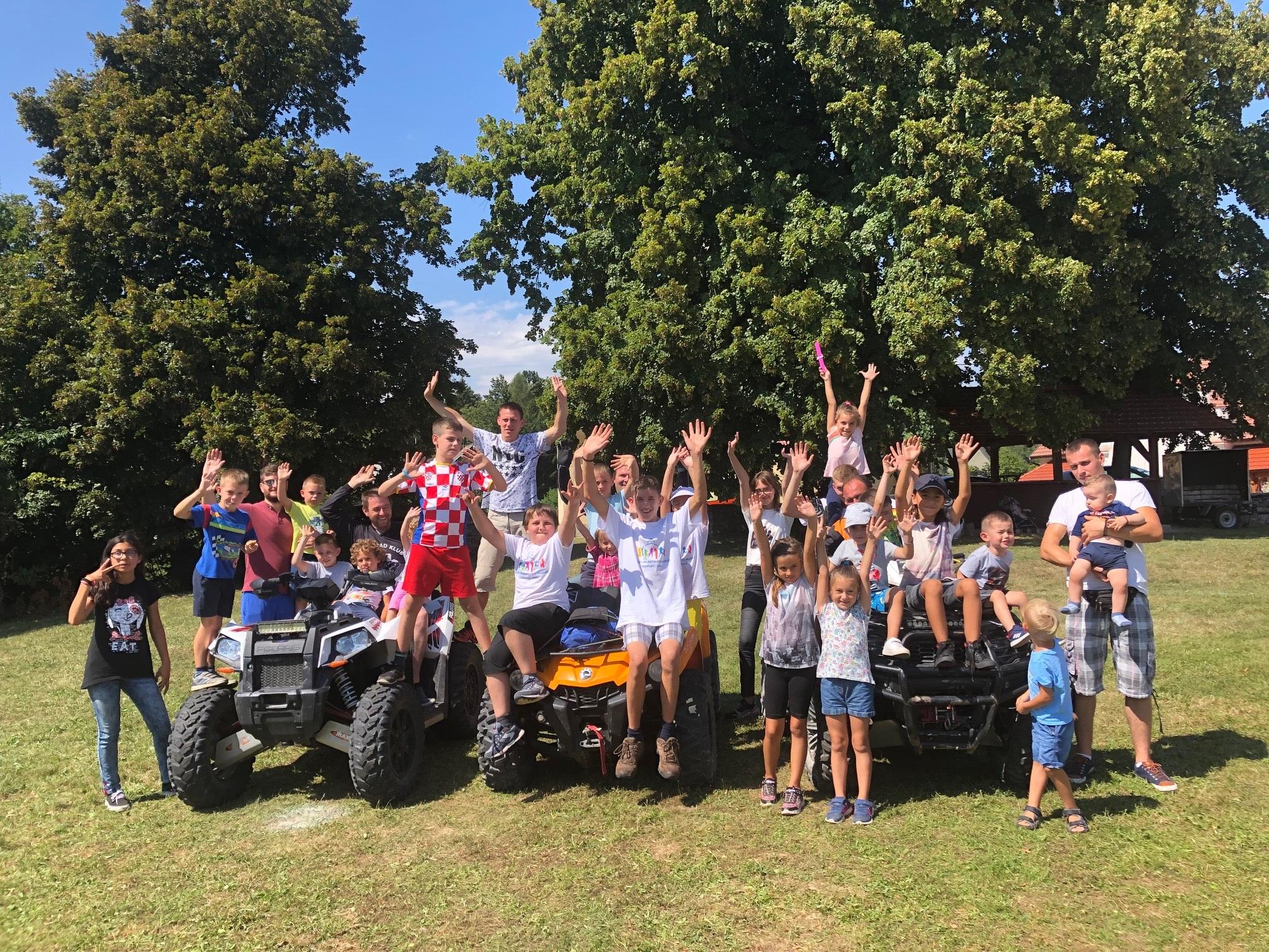 Susret djece i mladih u Mrzlom Polju