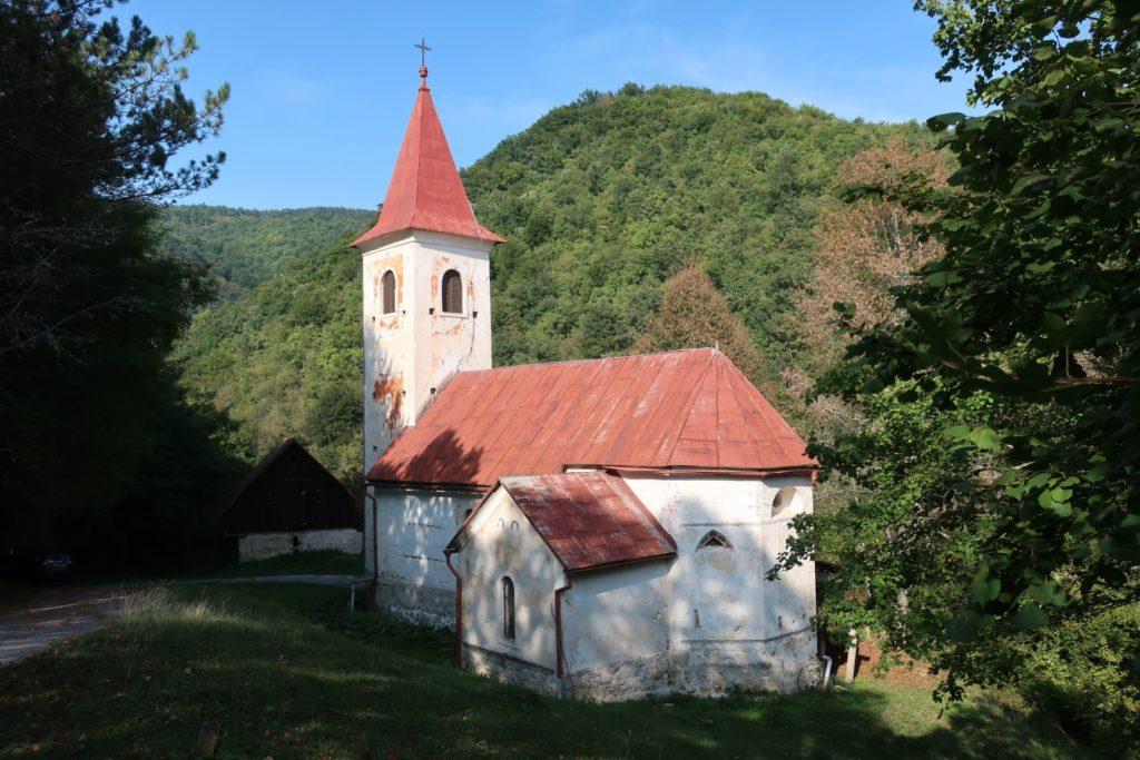 Ponovni ukop gotovo 500 zemnih ostataka pronađenih u župnoj crkvi sv. Nikole u Žumberku